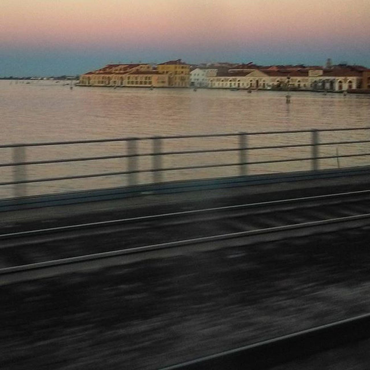 Nofilterneeded for a Peacefulsunset in Venice Instamoments Gooddays
