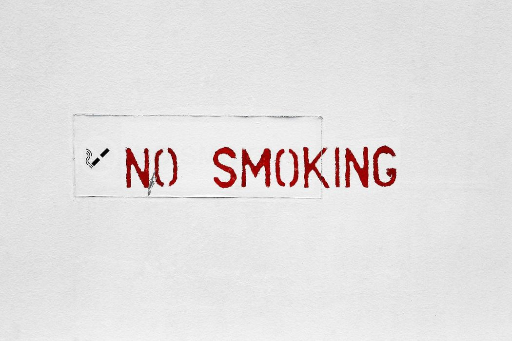 Nosmoking No Smoking Sign Sigarettes Smoking Sign Signs Words Wall White White Color White Background No Smoking Full Frame Close-up Light Nopeople Sigarets Day English Unhealthy Lifestyle Law White Board No People Forbidden Unhealthy