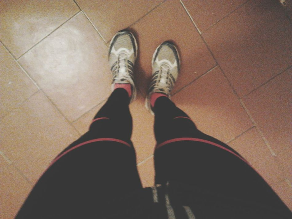Labrīt! :) Dodos rīta skrējienā pirms skoliņas. Labākais veids kā pamosties. Beforerunnig