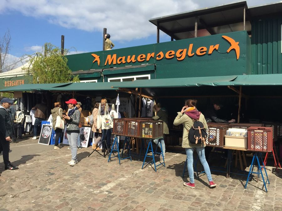 Berlin Berlin Street Markets City Life Leisure Activity Lifestyles Mauerpark Real People Showcase: February