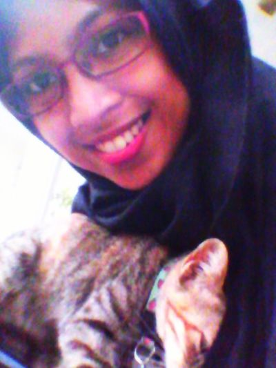 Yeay i'm home! Look, who misses me a lot? hahaha Self Portrait That's Me Cat I'm Home ^.^