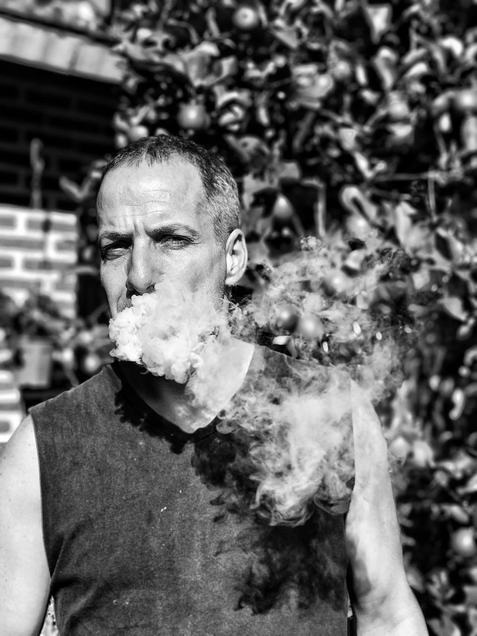 Lifestyles Real People Danger RISK Leisure Activity Looking At Camera Mid Adult One Person Front View Portrait Headshot Outdoors Day Close-up Looking At Camera Black And White Photography Blsckandwhite Blackandwhite Black And White Black & White Portrait Of A Friend Human Face Smokers VapeLife Vapersofamerica TCPM
