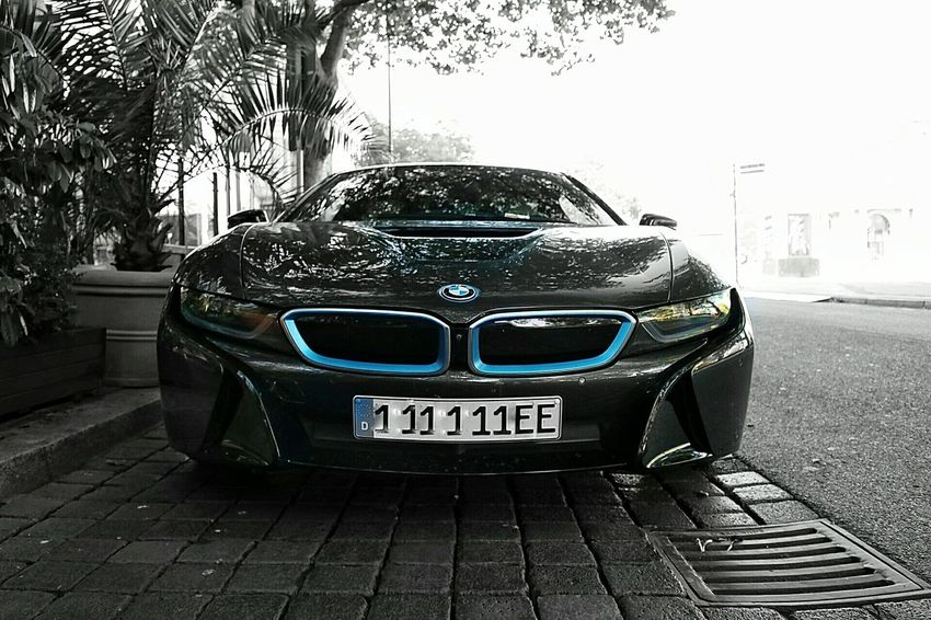 BMW i8 Day Outdoors Blue Color No People City Life Luxurylifestyle  Luxury Parking Street Focus On Foreground Car Supercars Supercar Vehicle Cars Photography Photographer Photo Front View Modern Bmw Bmwi8 Bmw Car I8
