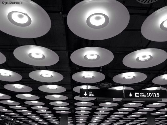 blackandwhite at Terminal 4 by gilaferdez