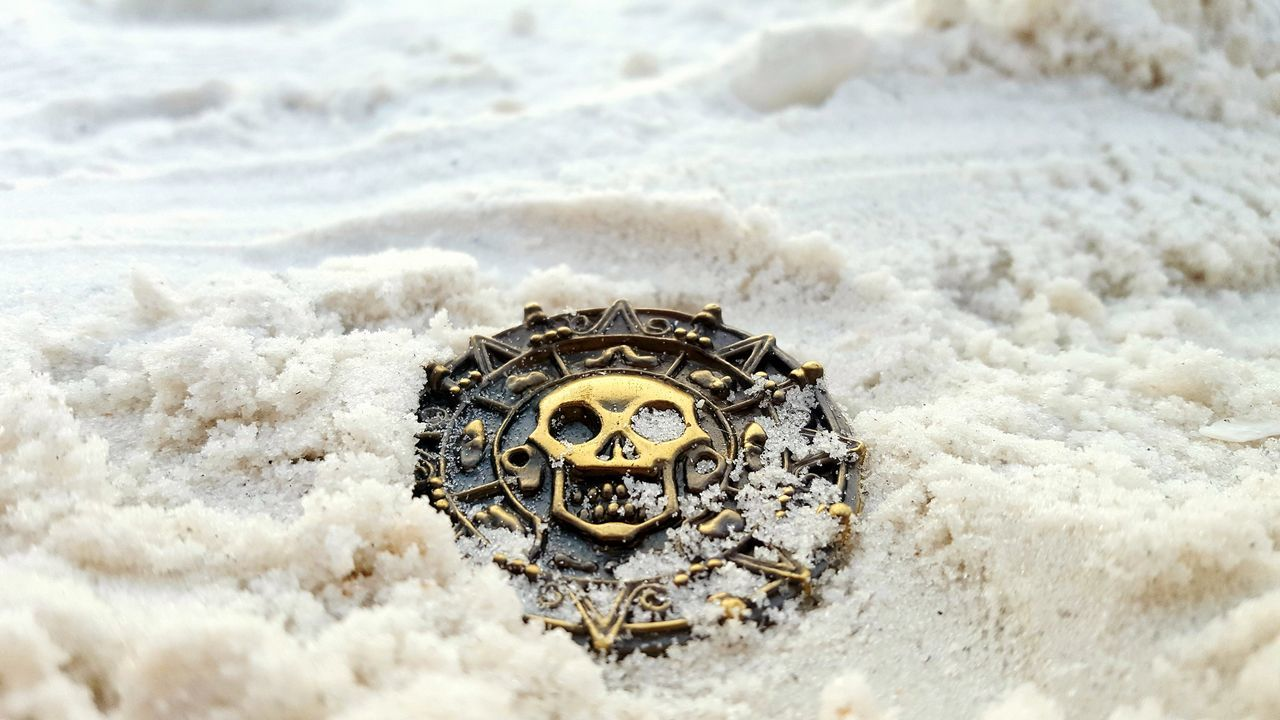Pirate treasure 😛 EyeEm Selects Beach Sand Sea Nature Day Close-up No People Outdoors Water Pirates Of The Caribbean Pirate Treasure Buried Treasure Gold Coins Gold Medallion Pirate Booty. Beachphotography Tranquility Summer Freshness Serene
