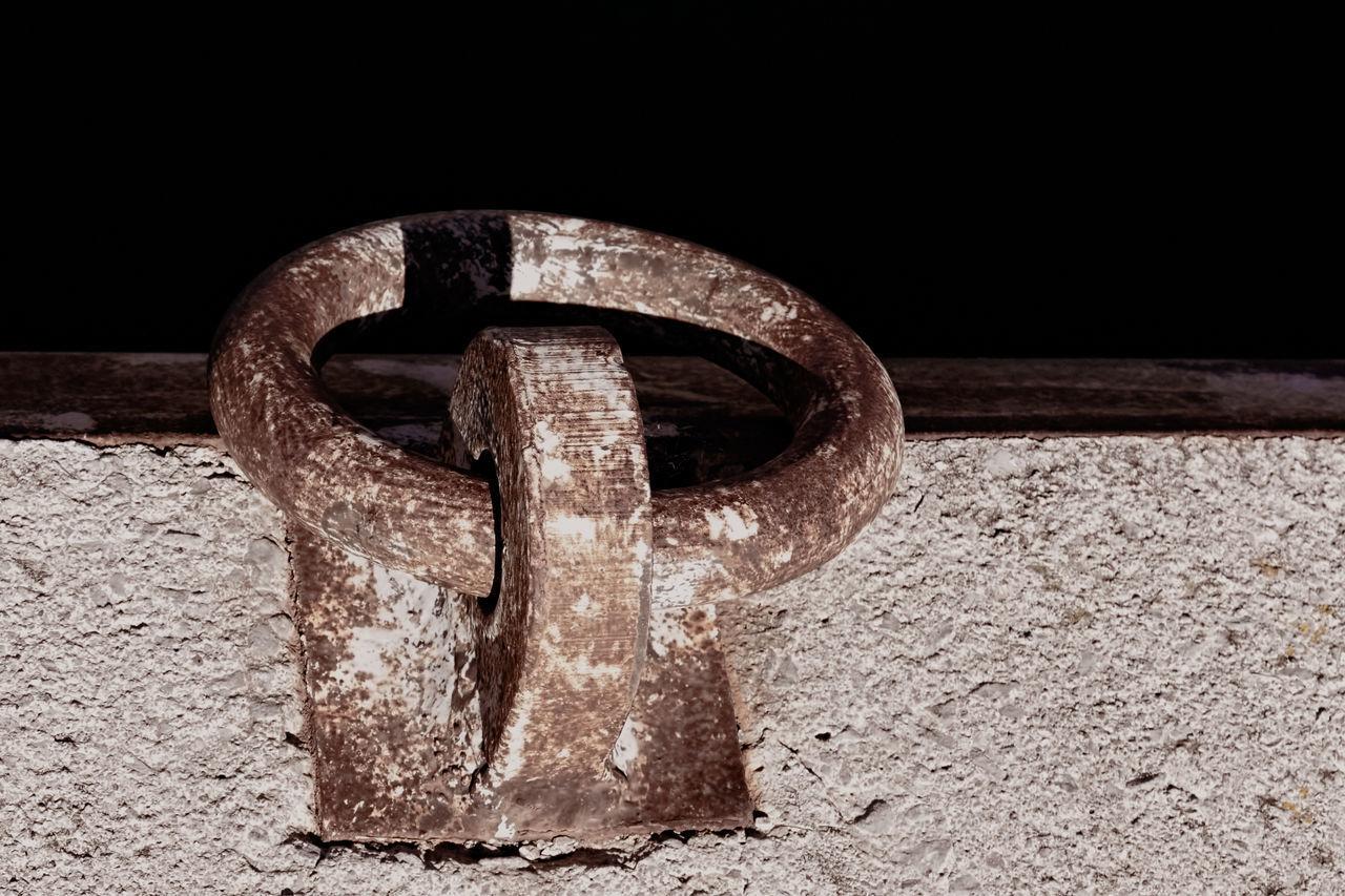 Mooring Chain No People Close-up Outdoors Minimalism Concrete Floor Metallic