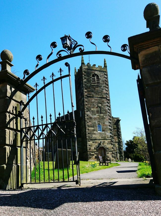 Churchyard Gates Graveyard Beauty Blue Sky Village Life Countryside Day Out Picturesque Old Buildings Historical Building Hello World Check This Out Taking Photos Longnor, Derbyshire, UK.