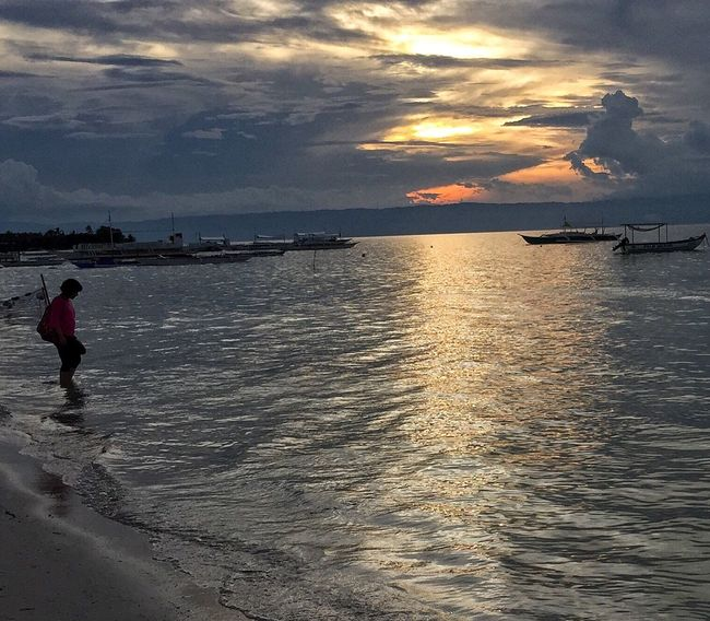 Izzymaxie Weather in Sydney makes me wish I am back in Panglao, Bohol, Philippines enjoying the warm weather, beautiful beach, spectacular sunsef Panglao Bohol Philippines Panglaoisland Panglaobeach Beach Photography Beach Life Nature Photography Oceanside Sunset_collection Serene Tranquil Outdoors Serenity Nature_collection Alone Man