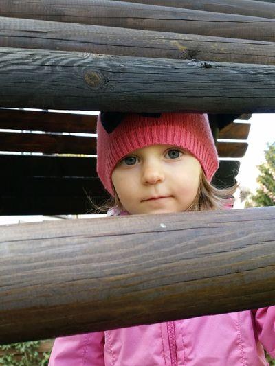 Playground, Daughter