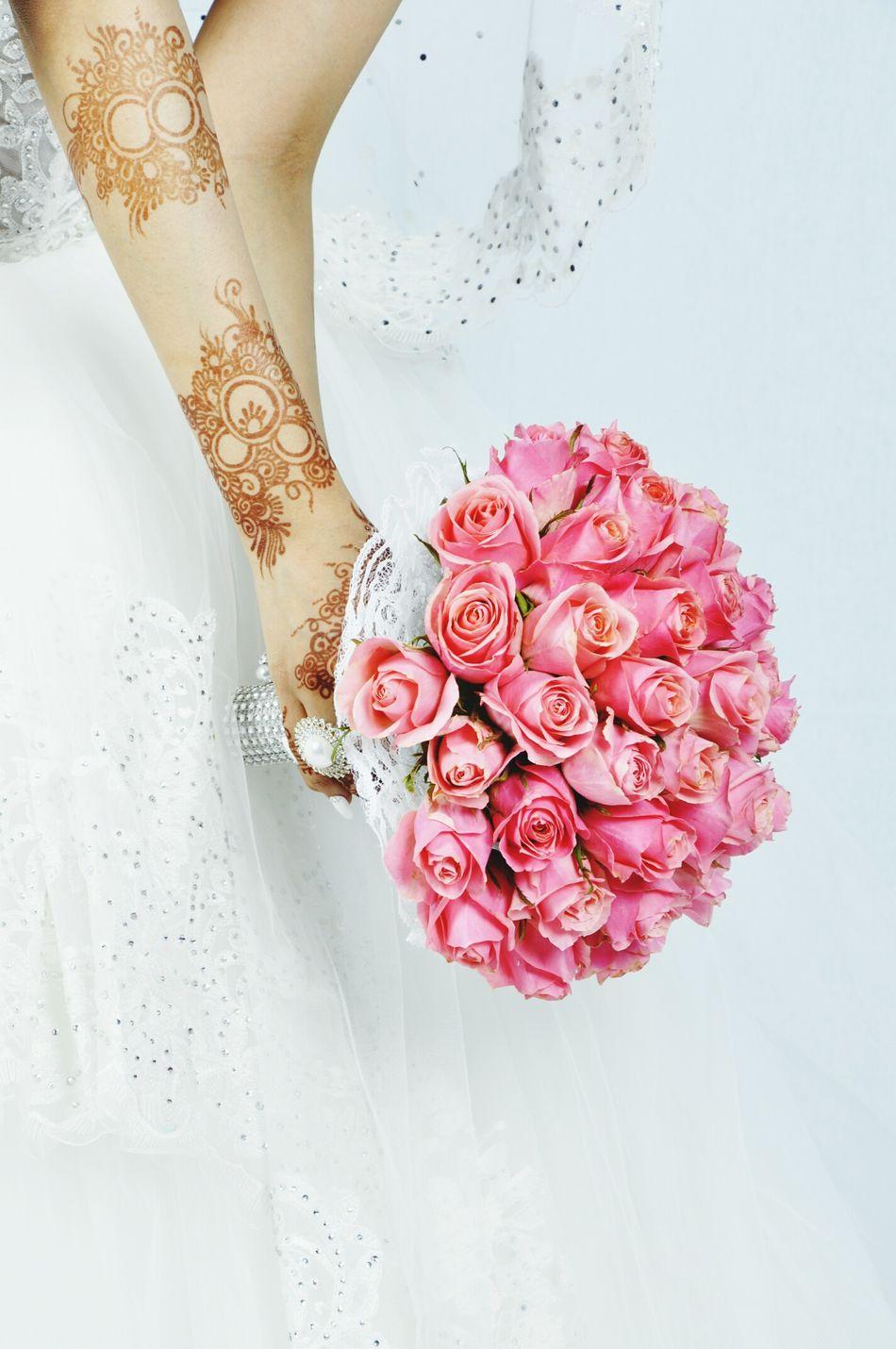 Flower Wedding Bride Bride Bouquet Wedding Dress Pink Color Culture Arabian Wedding Henna Tattoo ❤ Saudi Arabia