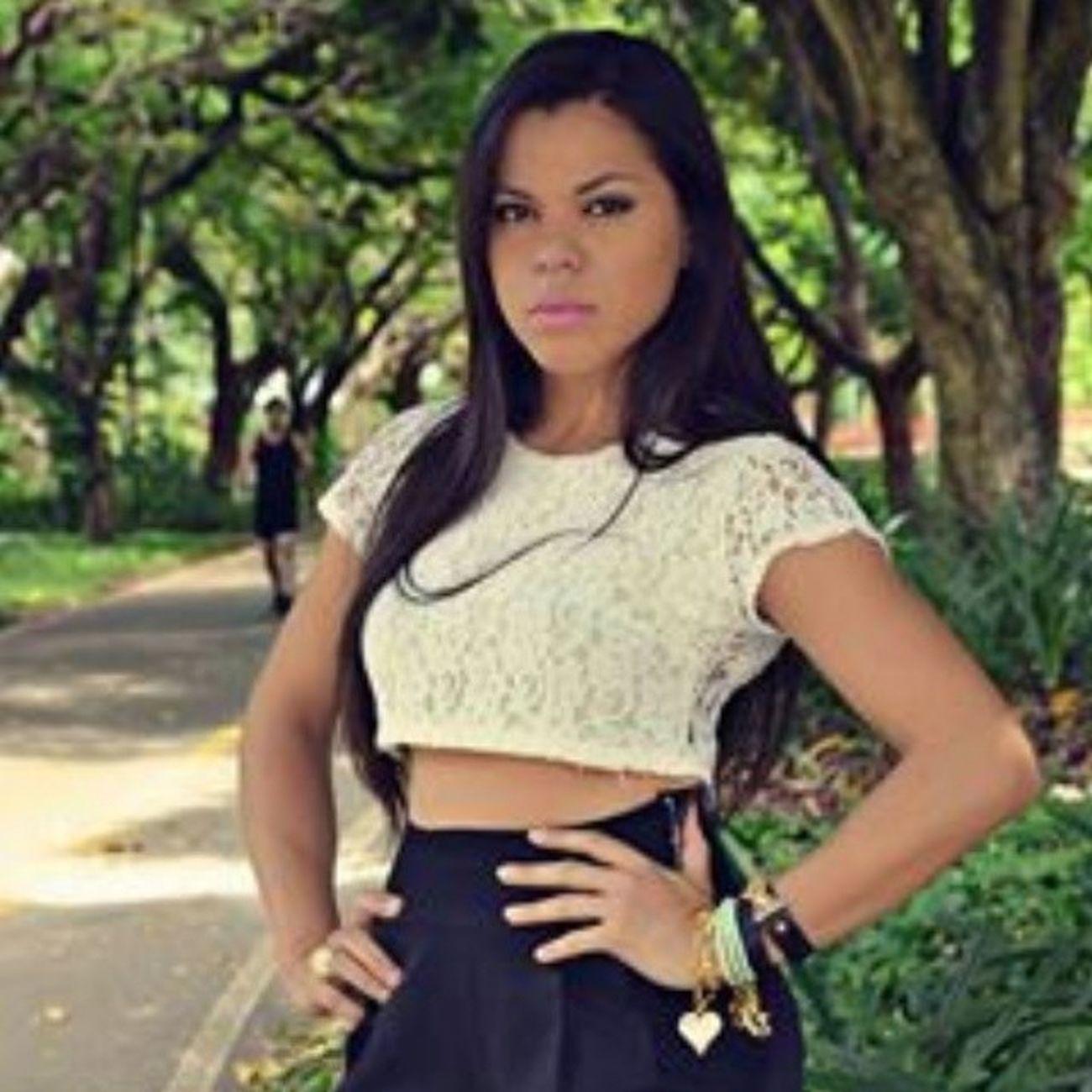Ela é top,linda,e também usa saelbiju. Muito Obg @lany_percadsi por usar nossos acessórios. Mix Pulseiras Saelbiju