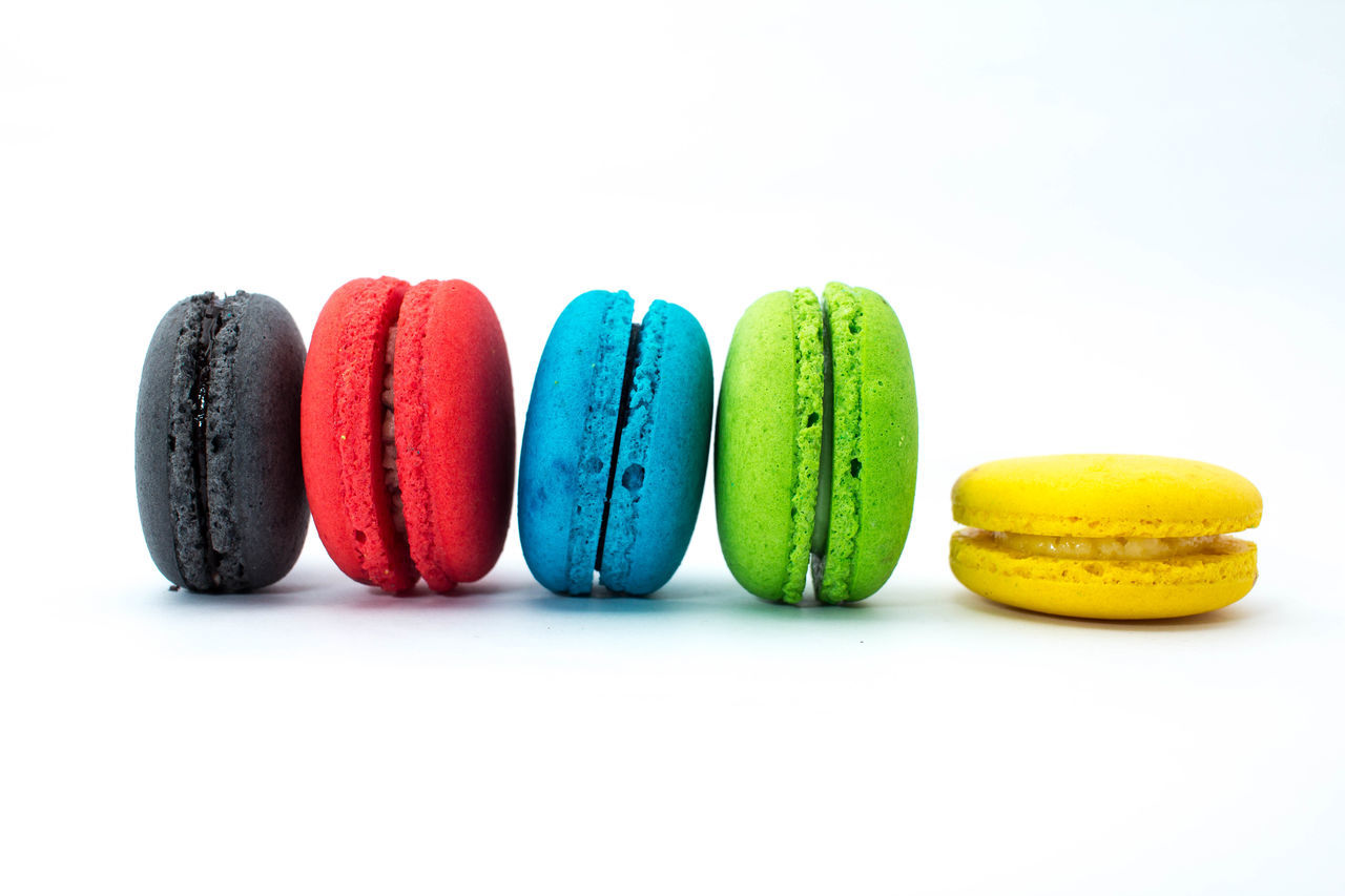 Line up for Macaroons Colorful Dentist Dessert Food And Drink Macaroons Ready-to-eat Snack Studio Shoot Studio Shot Sweet Food Temple White Background