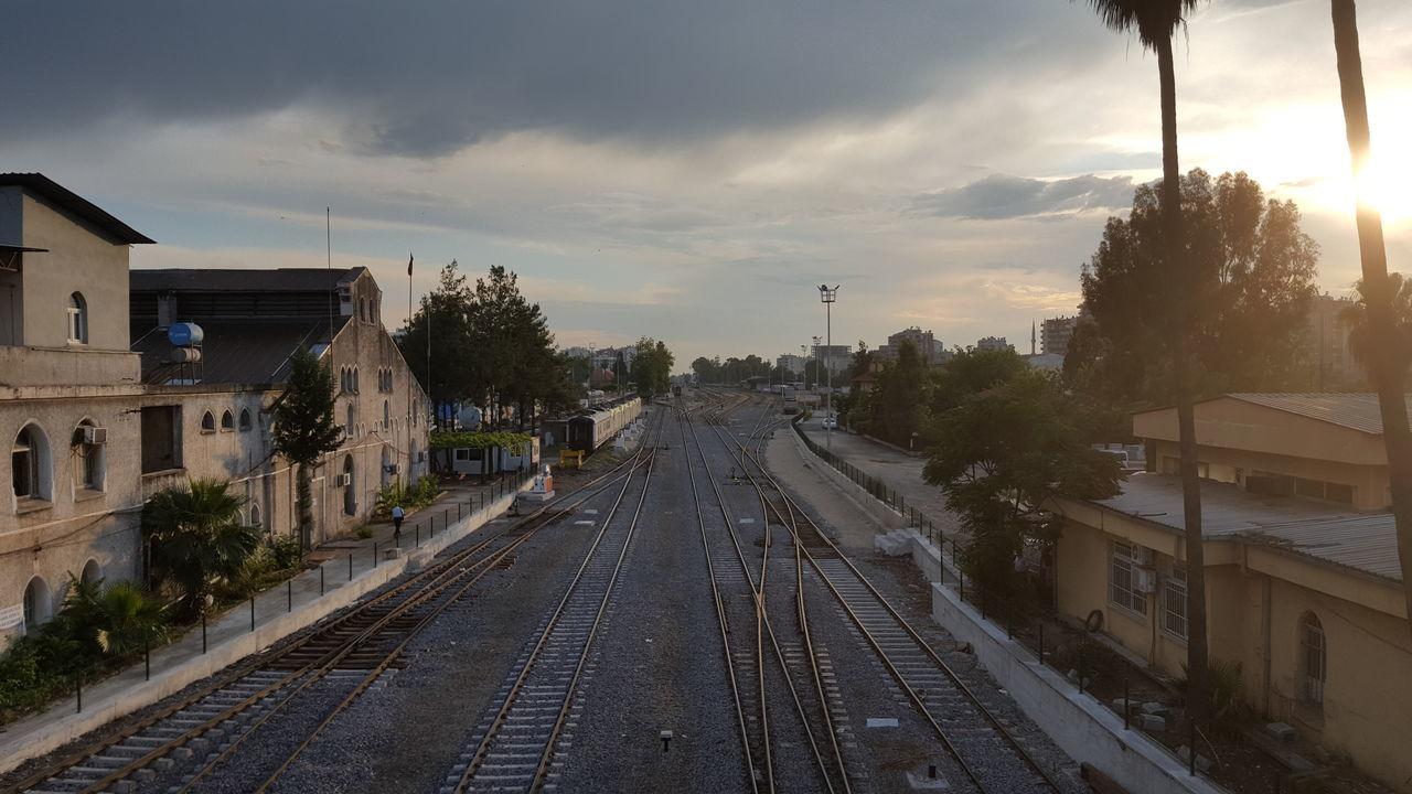 Adana Train Station Adana Turkey Rail Railway Railroad Railway Station Rails Railways Rail Road Tren Tren Istasyonu Istasyon Går