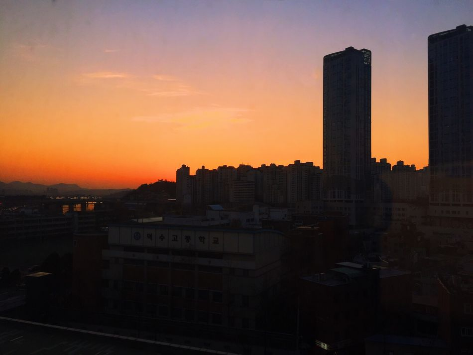 VSCO Cam Instagram Sky Afternoon Sunset Sunlight Light Photoshop Fix Red&blue