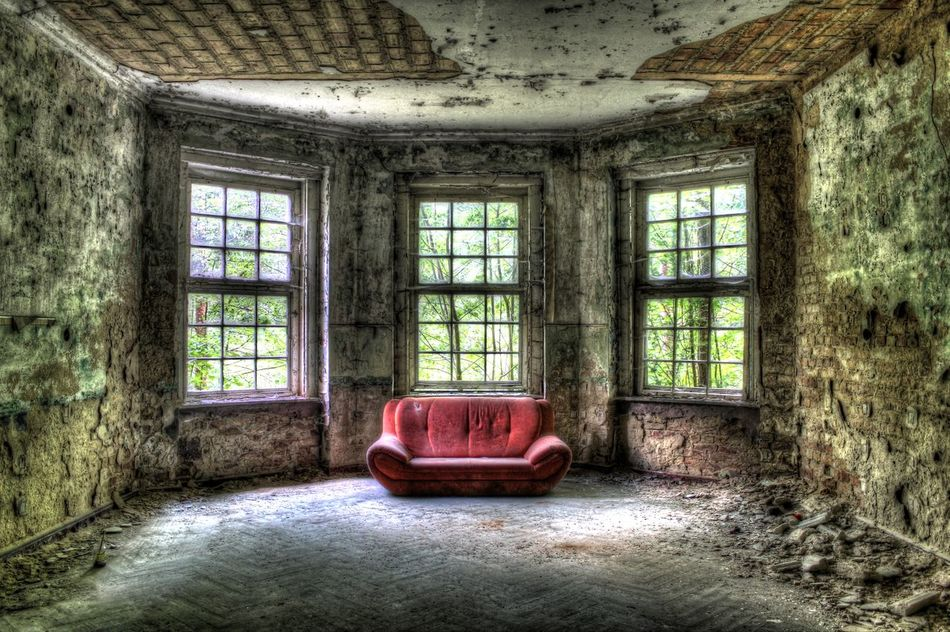 Abandoned Bad Condition Brick Wall Couch Damaged Glass - Material Grabowsee House Indoors  No People Ruined Verfall Verfallen Window