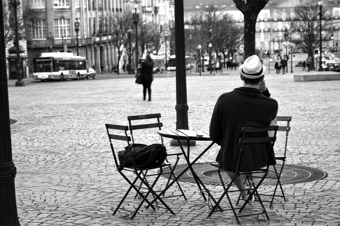 Waiting you. Relaxing Nikond5300 Eye For Details Oporto, Portugal Black And White Travel Photography Streetphotography