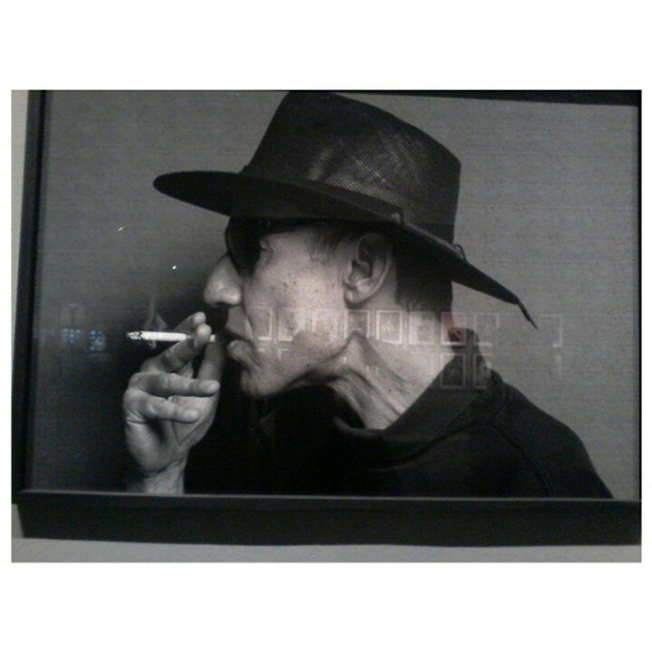 Paso a dejar esta composición extrema. Retrato blanco y negro de Skay Beilinson ♥♥♥ Omitir las fotos que se reflejan. Photography Blackandwhite Portrait Skaybeilinson Festivalemergente Bsasyelarte Skayomuere