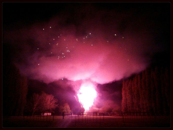 Banyoles Fireworks Red No Filter
