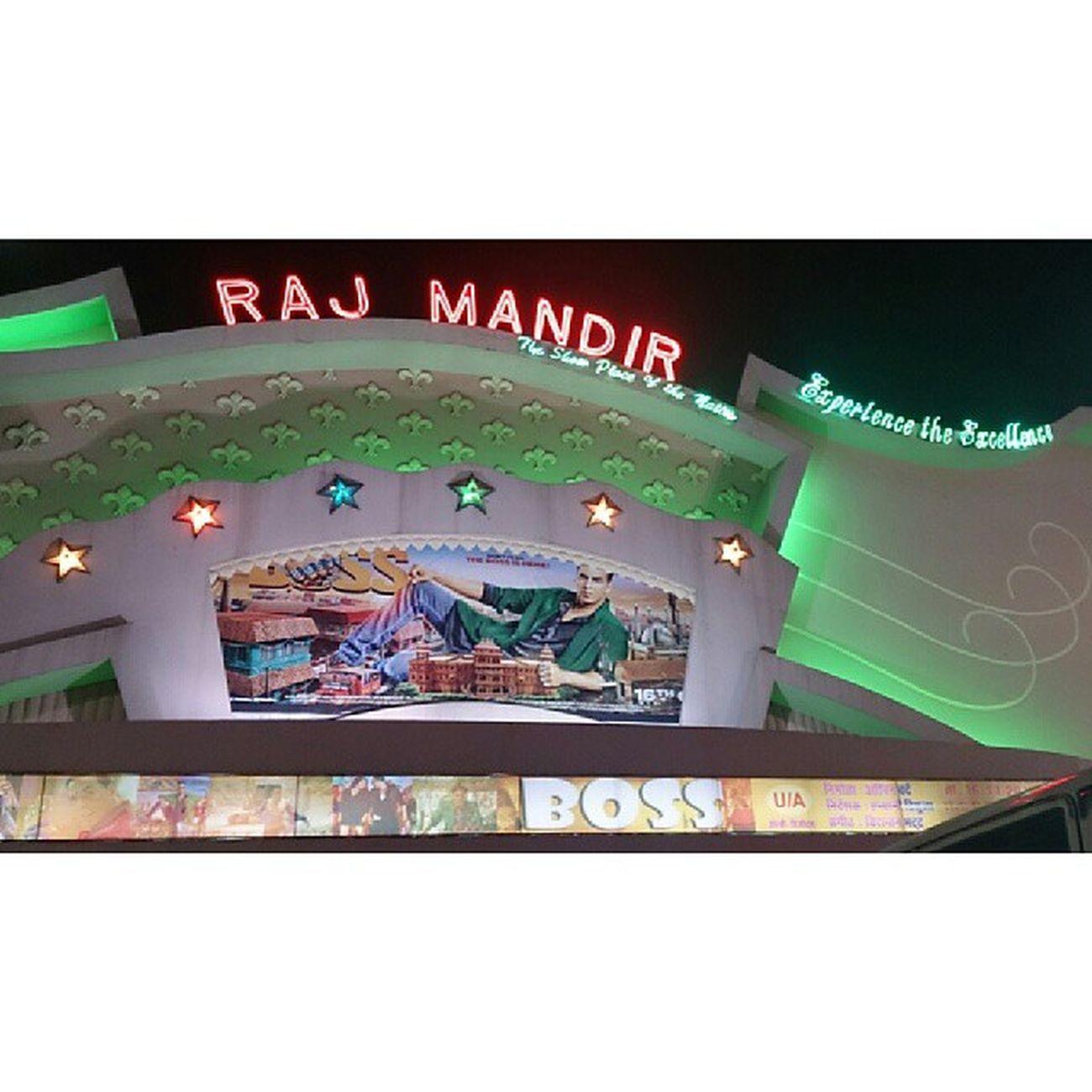Jaipur RajMandir Boss MOVIE Hit Awesome AkshayKumar Holiday Asias Largest MOVIE Hall Evening Fun Love