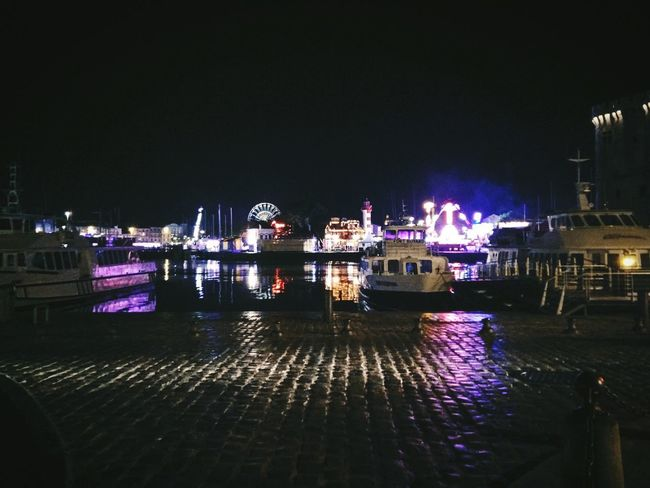 Boats⛵️ Boats And Water By Me OnePlusOne📱 Photography Lights Light And Shadow Night Photography Street Photography Foire Fete Forraine Taking Photos