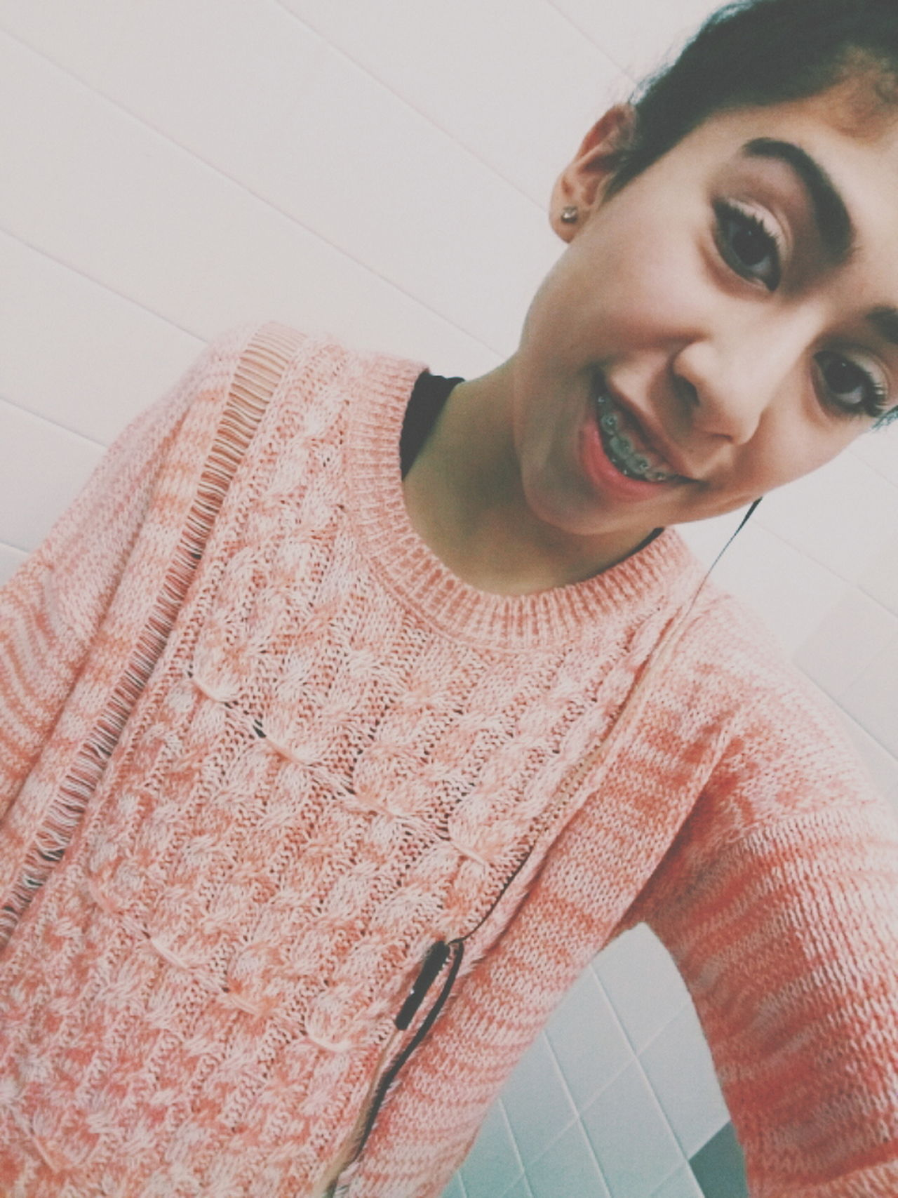 Selfie Selfportrait Me Chilling At School School Pic Pink Knitted Sweater Goodday Followme