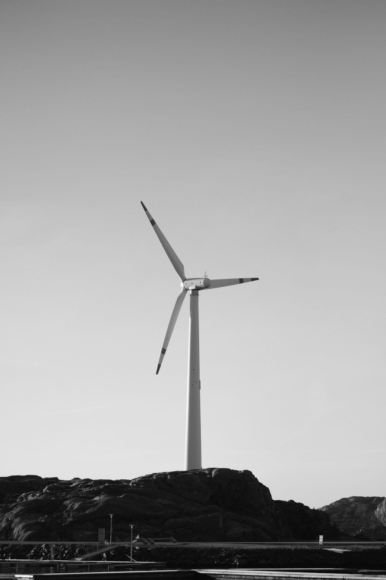 Wind Power Windmill Wind Turbine Outdoors Alternative Energy Svartvitt Technology Sweden Lysekil FUJIFILM X-T2 XF56mmAPD Monochrome Eyeem Monochrome Eyeem Black And White Sweden Monochrome EyeEm Best Shots - Black + White Blancoynegro X-t2 Vindkraft Eyeem Photography Eyeem Sweden Fujifilm Sverige EyeEm Best Shots Fujilove