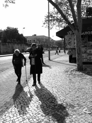 streetphotography at Fogueteiro by quislibet