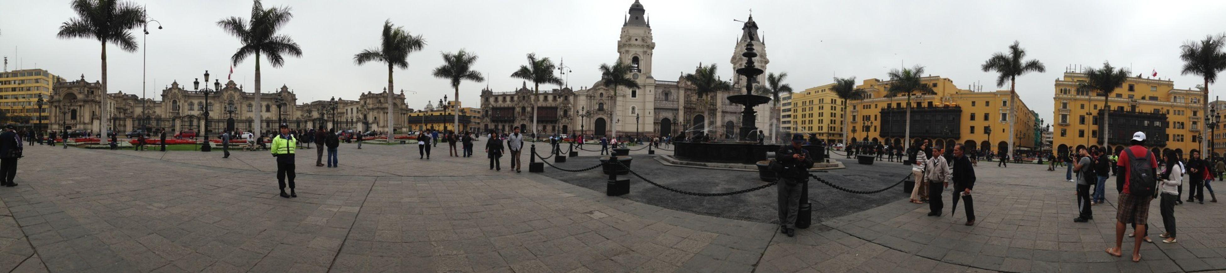 Visita a la Plaza de Armas APerúconKLM