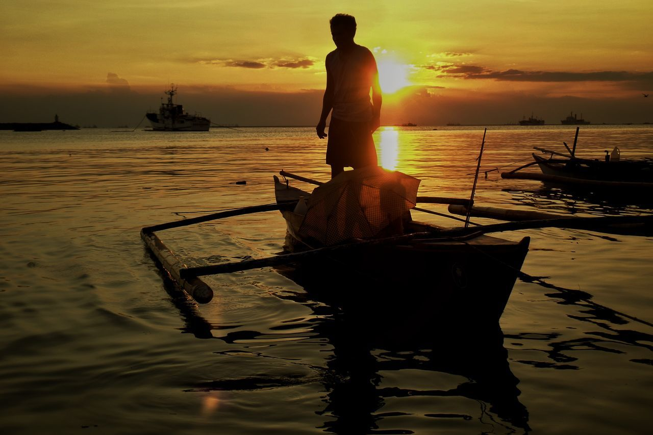 Sunset Fisherman Fishing Business Finance And Industry Silhouette Nautical Vessel People Streetphotography Street Street Photography The Street Outdoors Capture The Moment Eye4thestreets Eyeem Philippines Silhouette Photography Silhouette Streetphoto_color