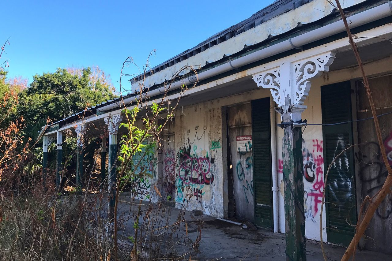 Admiralty House Bermuda Abandoned Graffiti Tresspassing For Art Built Structure Architecture Day Building Exterior Damaged No People Outdoors Tree Weathered Sky