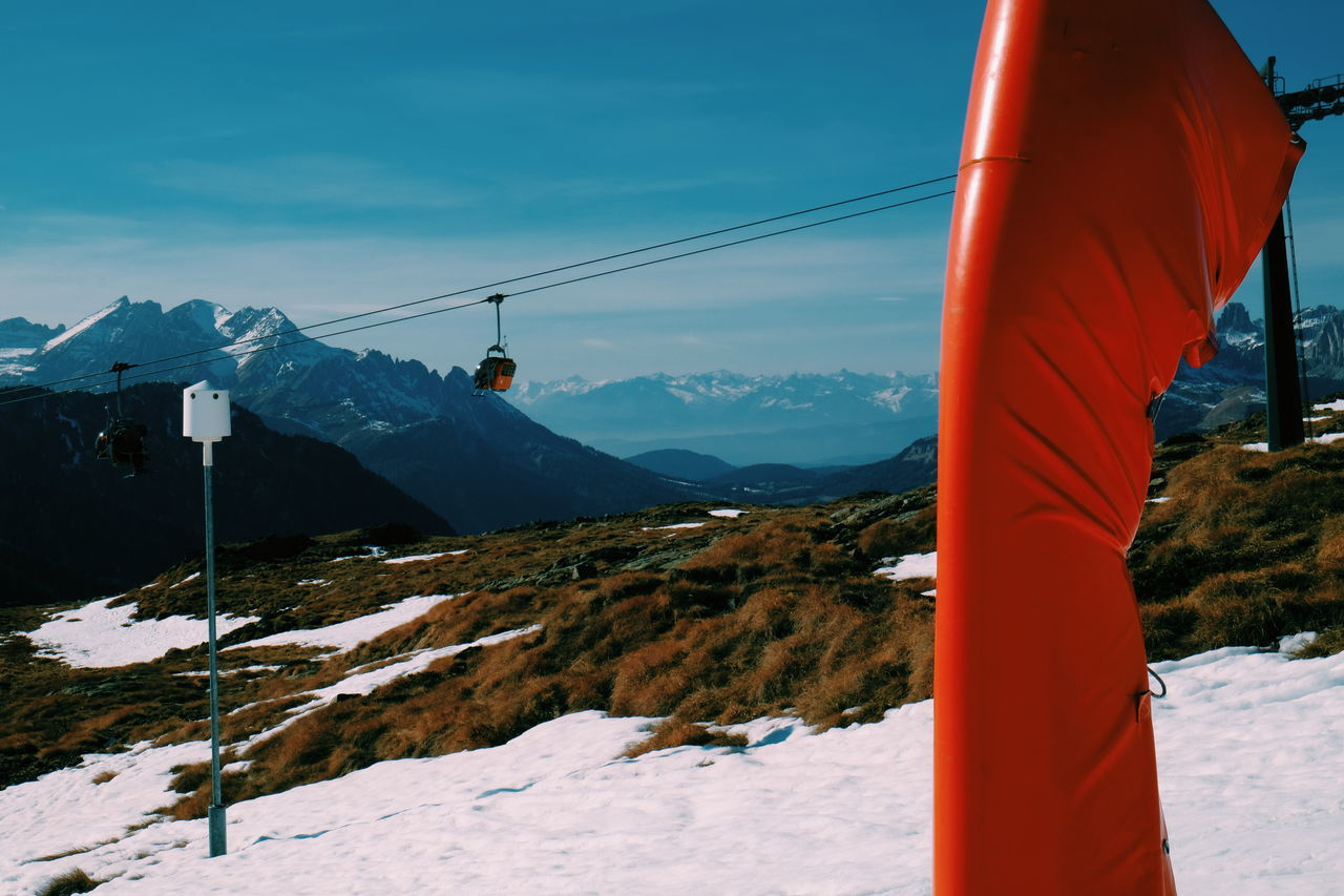 Snow Winter Cold Temperature Mountain Nature Beauty In Nature Landscape Tranquil Scene Scenics Sky Mountain Range Outdoors Tranquility Snowcapped Mountain Day No People Ski Lift FUJIFILM X-T10 XF18-55mmF2.8-4 R LM OIS F/19.7 Iso 200 via Fotofall