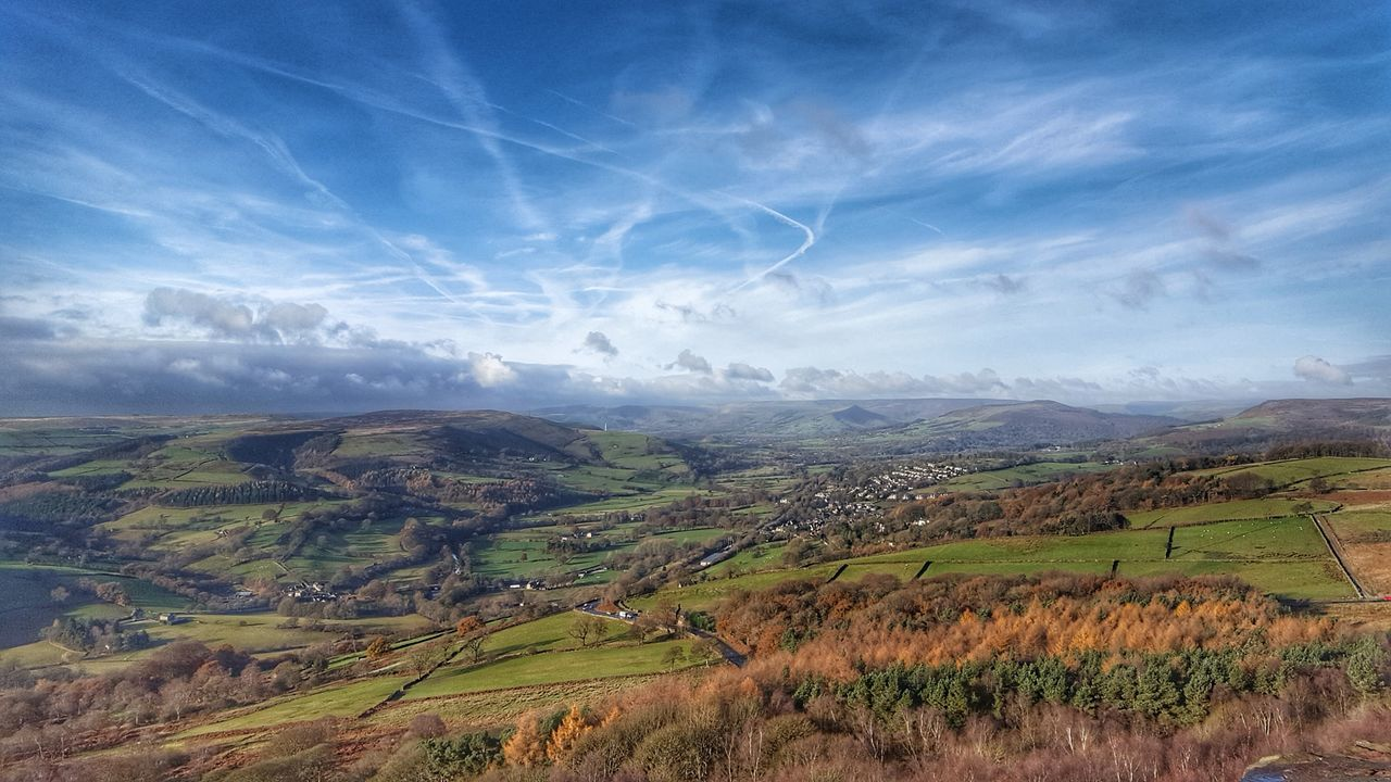 Stunning skies above the Peak District. Sky Scenics Landscape Outdoors Sunlight Cloud - Sky No People Beauty In Nature Clouds And Sky Nature Photography Peaks Peak District  Cloudsporn Dramatic Sky Hills Beauty In Nature Bluesky Cloudscape Tree Nature Day