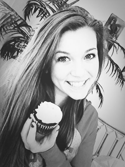 Eating Cupcakes