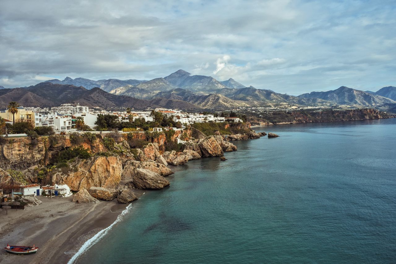 Nerja from Europe Balcony Seascape Ocean View From The Top Hello World Respect For The Good Taste Nikon Vscocam Nikon D7200 VSCO Let's Do It Chic! Nikonphotography Horizon Over Water Exploring New Ground Nikonphotographer Top Popular Photo Walking Around Taking Pictures EyeEm Best Shots Taking Photos Walking Around Eye4photography  23:07 ^ Flying High