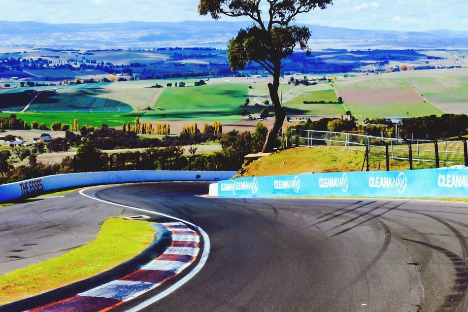 Mount Panorama Empty Racetrack Motorsport V8 Super Cars Australia Tree Road Outdoors Day Sky Scenics Skidmarks Road transport Racetrack S Bends Close-up Sports Venue Landscape_Collection View From Above Landscape Nature Sport Beauty In Nature Grass