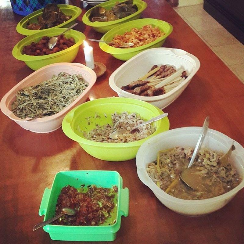 Lunch Balinese Cuisine Tumbabi Kalasan lawarkulitaressate