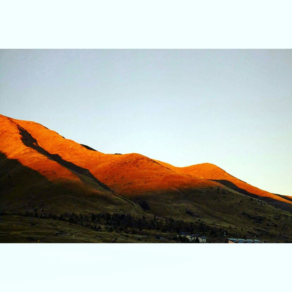 Montagne di fuoco!!! Zeroneve PassoDelTonale Italy Lovemountains LoveNature Beautifulview Relax Lapacedeisensi♡😍