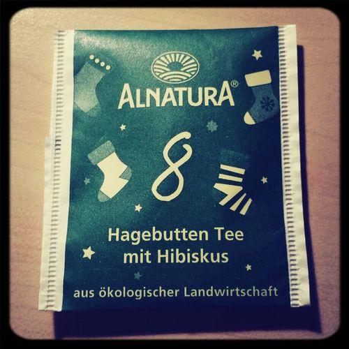 Besser als purer Hagebuttentee,wird aber trotzdem nicht mein Liebling... Tea ALNATURA