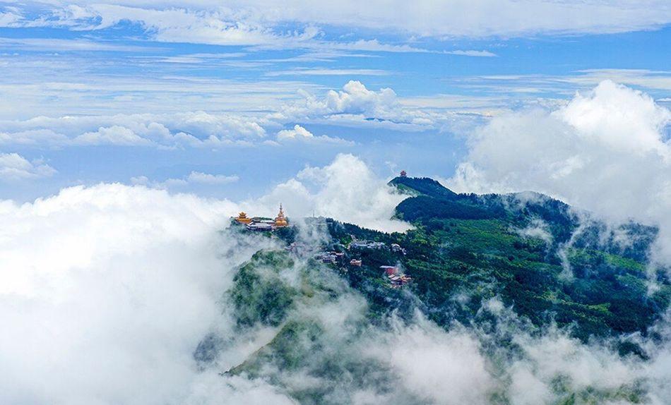 峨眉山之春 Nature Beauty In Nature Mountain Sky Scenics Outdoors Day No People Landscape Tree Architecture