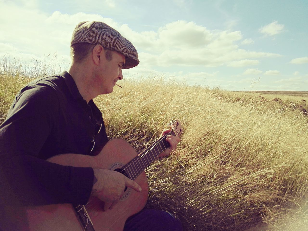 Grass Sky Field Cloud Cloud - Sky Nature Summer Lazysunday Grassy Musicman Summerdays  Longgrass Derbyshire Enjoy Life Guitarman Guitar Relaxation Countryside Outdoors Enjoying Life Tranquility Gorgeousglen Portrait Portaitphotography Peopleandplaces