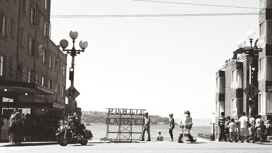Black & White EyeEm Best Shots Seattle Pike Place Market Sunny Day Streetphotography Streetphotography_bw Puget Sound Timeless PikeStreet