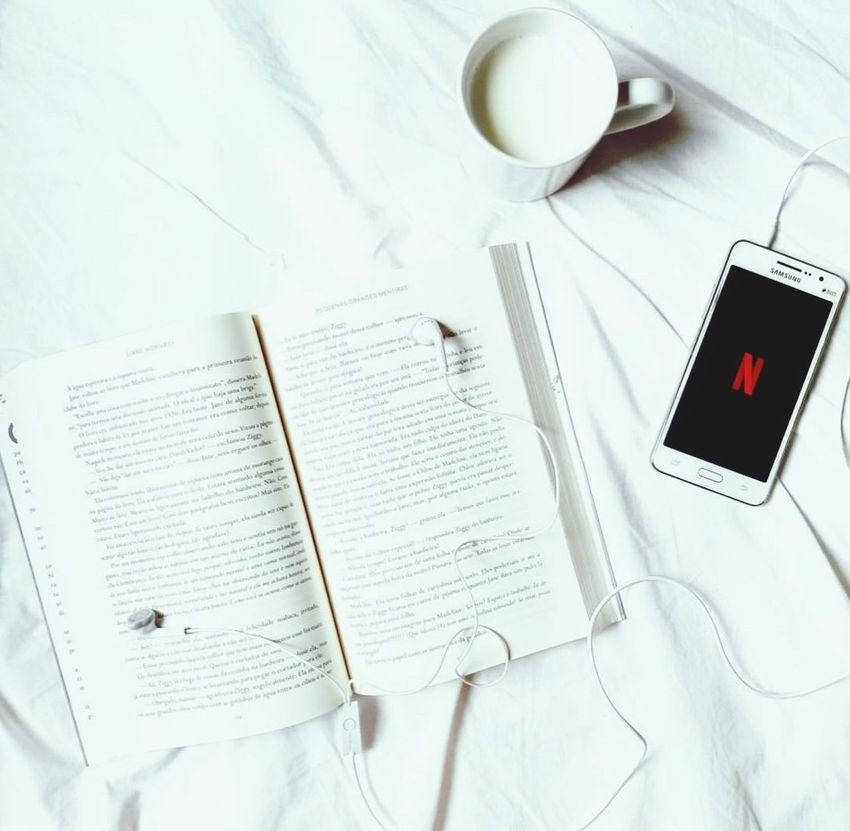 Book Diary Personal Organizer Spiral Notebook Day Pen Open Faz bem ler um pouco....