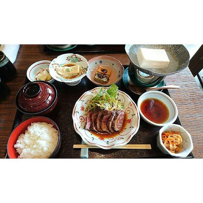 ∴萩善。お豆腐うまか~ 湯豆腐 和牛ステーキ 竹むら 嵐山 京都