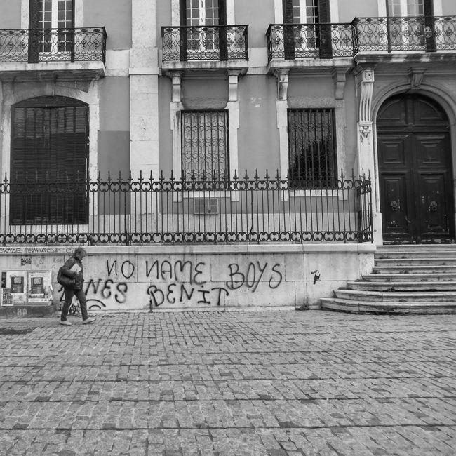 No name... Graffiti Streetphoto_bw Street Photography Blackandwhite