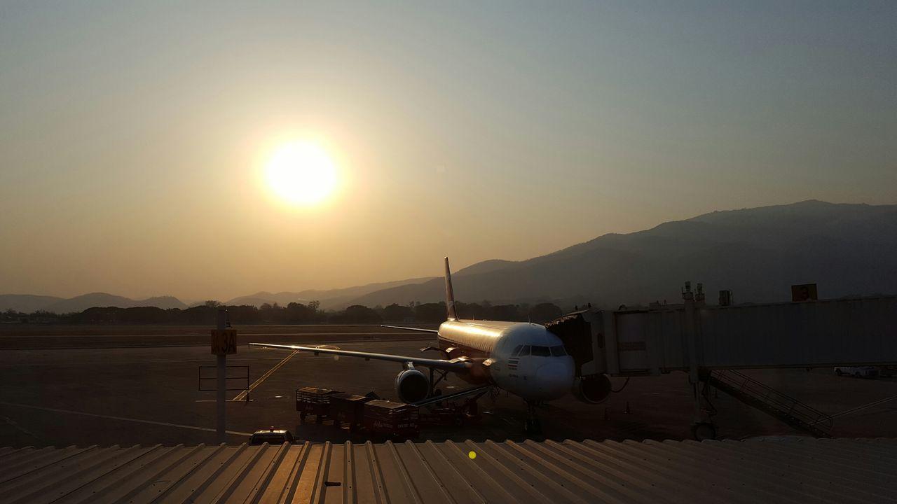 Sunset Airport Airplane Reflections Sun Haze Chiang Mai