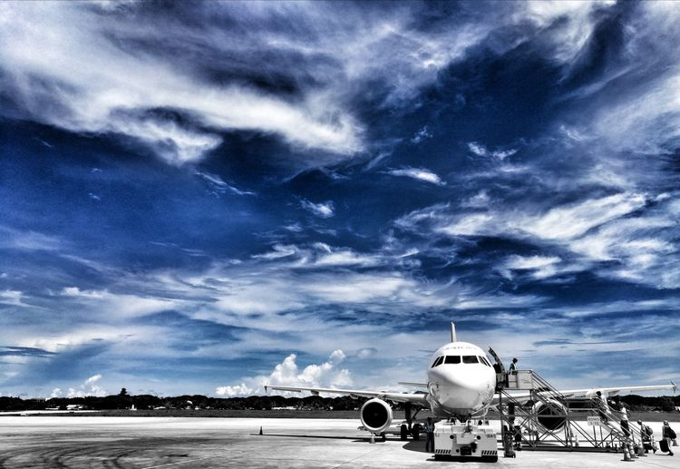 Beautiful sky. Cloud - Sky Sky No People Nature Day Huaweishot Huawei Photography Huaweiphotography Travelphotography Cebupacific Planet Photography Ground And Sky Cebu Pacific Palawan Ph Live For The Story The Great Outdoors - 2017 EyeEm Awards EyeEmNewHere