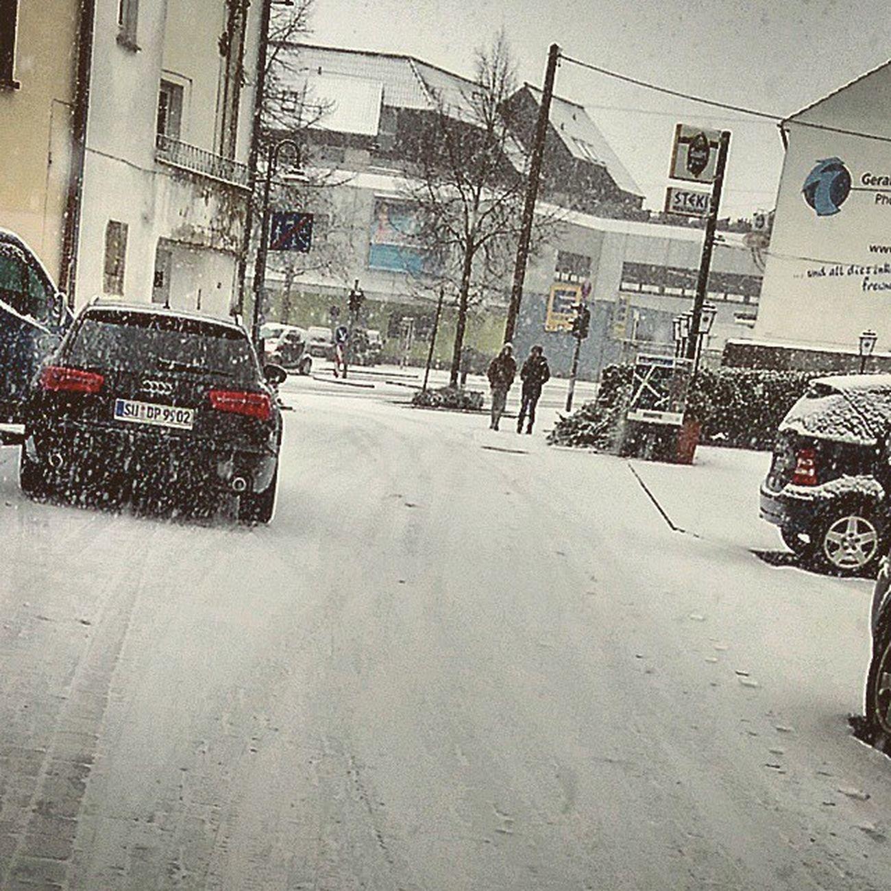 Schnee ❤ Snow Schnee Germany German Troisdorf Russia24 Live Instafeed Love Lastochka Deutschland Deutsch Instalive Instagood Audi AudiA6