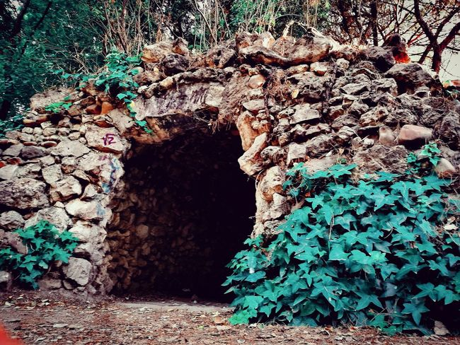 Nice cave in a beutiful park in a middle of Madrid. Never expected such a shot in the middle of the city :-O Cueva Cave Stone Stone Pile Stone Wall Nature Black Hole Dark Cave Cave Photography Tres Cantos
