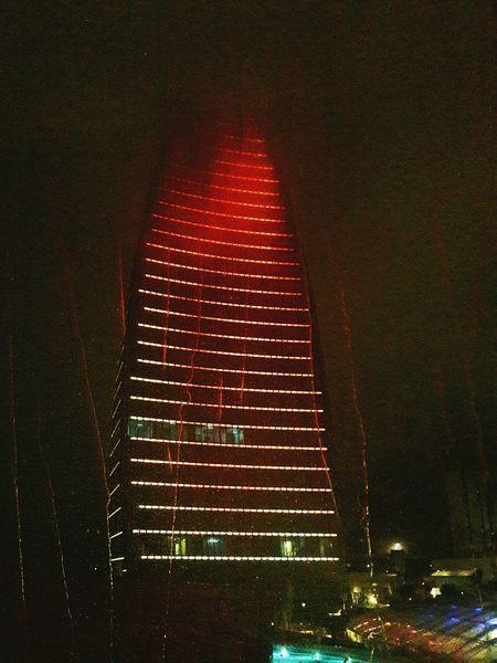 Baku Azerbaijan Azərbaycan Bakı Flametowers AlovQüllələri Red Flame Rain Rainy Rainynight Nadir Espabaku Espa
