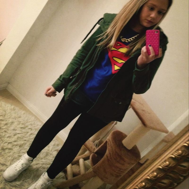SuperGirl! ✌ Leggings Nice Day Love In The Air